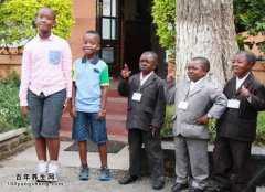 8岁即性成熟的袖珍民族,如何自检性成熟